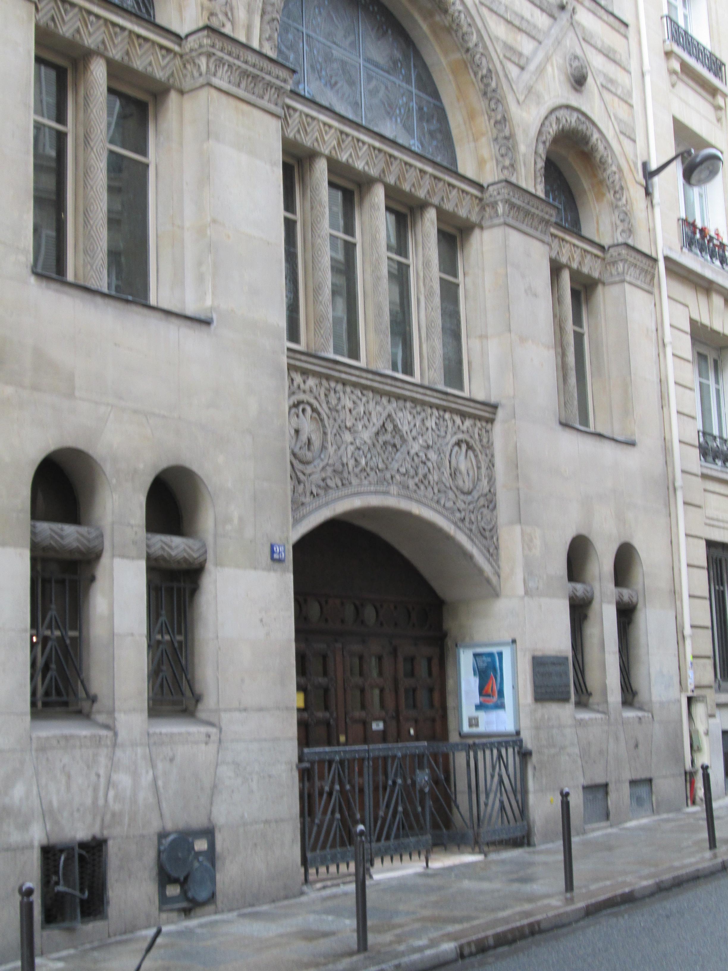 Hotel Foyer Le Pont Paris : Christuskirche rue blanche paris foyer le pont tag
