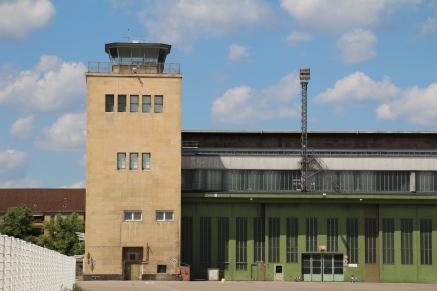 Tempelhofer Feld IV